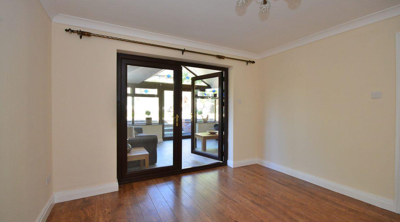 11 Kempton Road – Dining Room