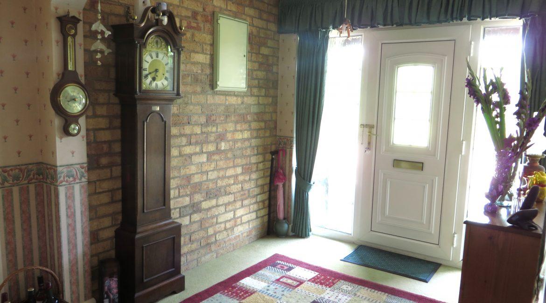 284 Sleaford Road – Hallway