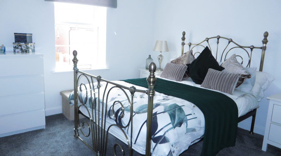 11 Piccadilly Close – Bedroom One