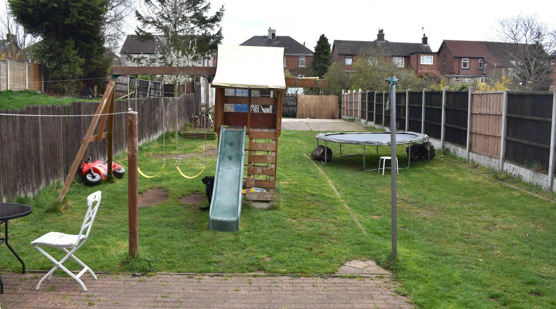 2 Chestnut Drive – Garden