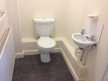 28b Storth Avenue – WC