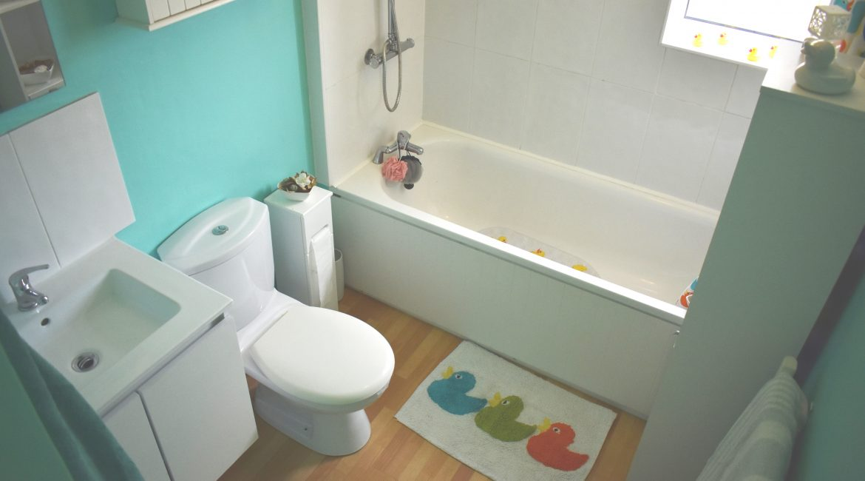 34 Garton Close – Bathroom