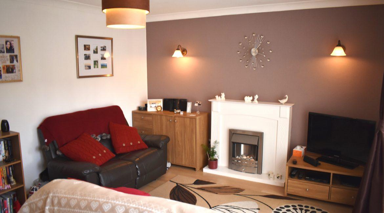 34 Garton Close – Lounge 1