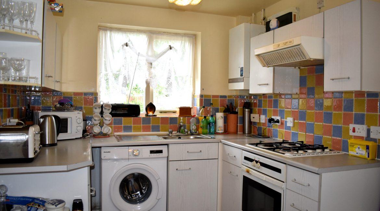 8 Lindleys Court – Kitchen