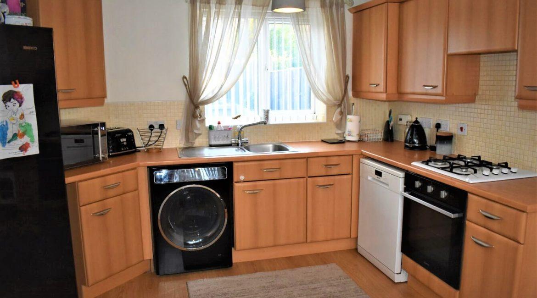 31 Broadlands Close – Kitchen