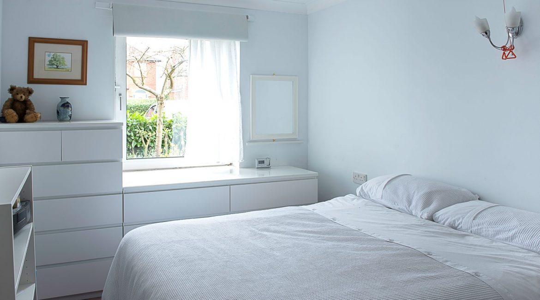 flat bedroom-3690