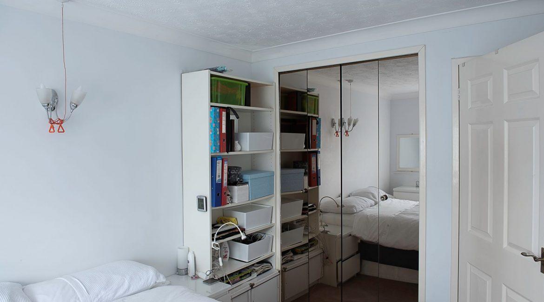 flat bedroom-3698
