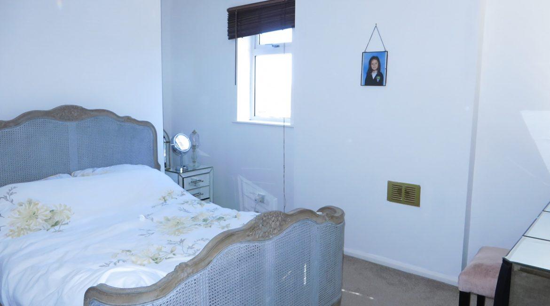 3 Baums Lane – Bedroom One (2)